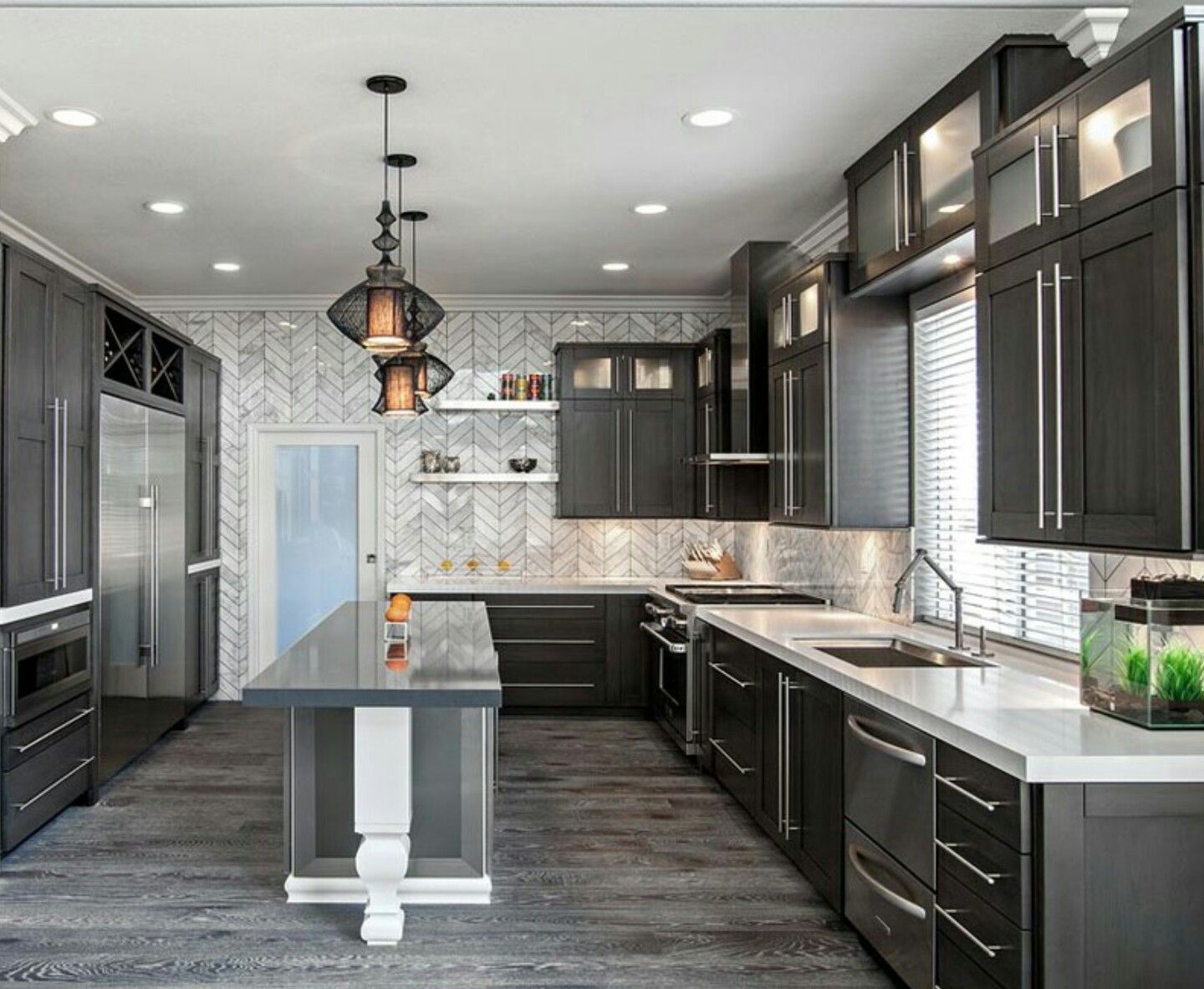 Pin By Brianaa On Cooking Oasis Kitchen Interior Design Modern Modern Kitchen Interiors Interior Design Kitchen