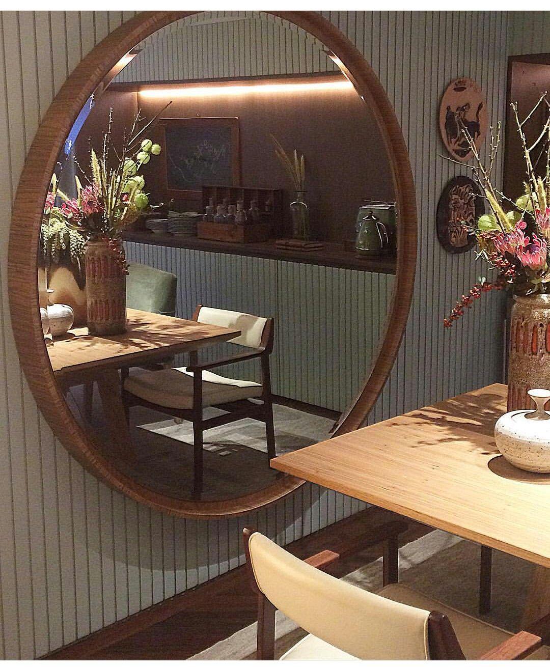 Sala De Jantar Com Espelho Redondo Ju Deco Pinterest Espelho  -> Sala De Jantar Com Painel De Madeira E Espelho