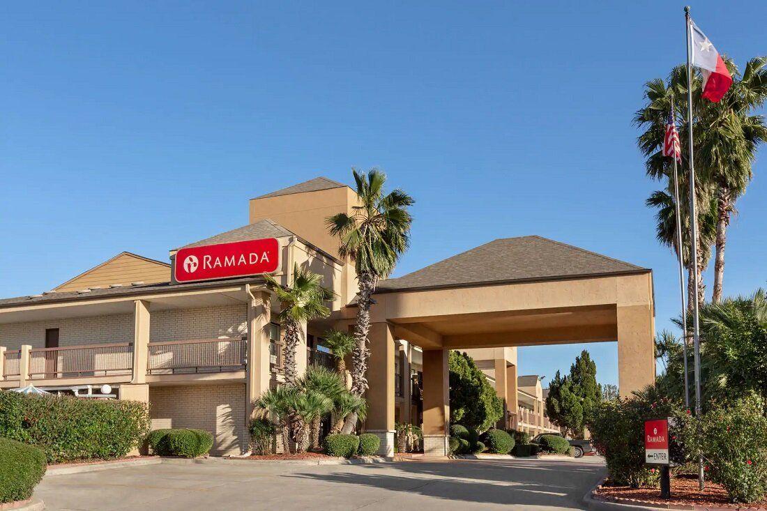 San Antonio, Texas hotel located off I410, near Lackland
