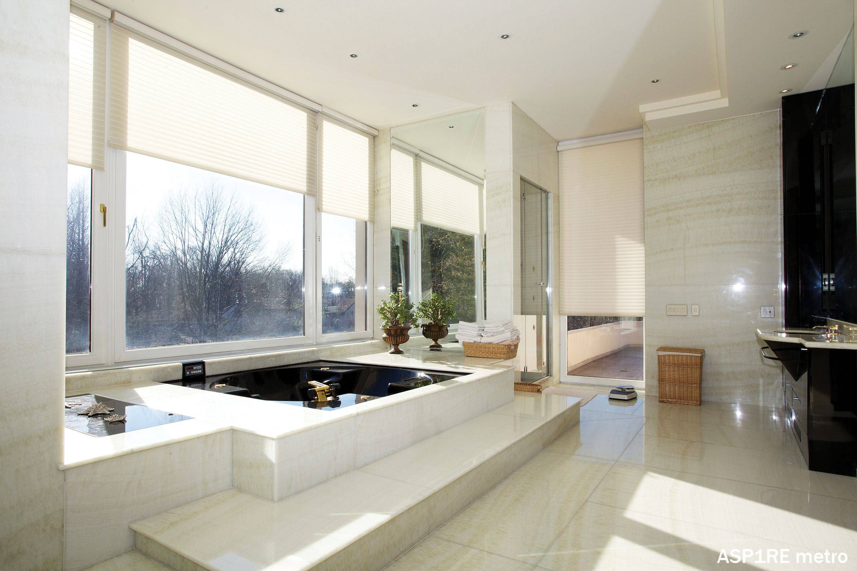 big bathroom ideas - Google Search | Bathtubs | Pinterest | Big ...