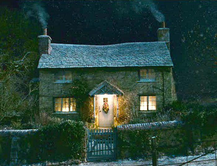 Foto di cottage inglesi sotto la neve cottage di notte for Case inglesi foto