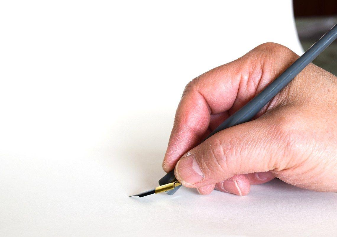How To Adjust An Oblique Pen Holder