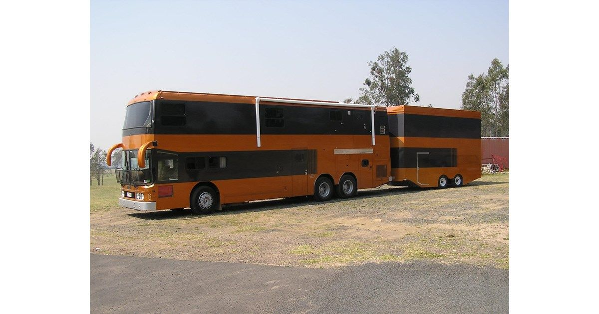 1987 VOLGREN B10M ULTIMATE SELF CONTAINED LIFESTYLE Double