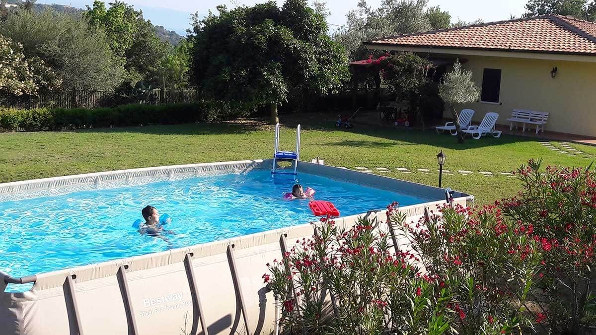 lapiscina Piscine, Villa, Giardino