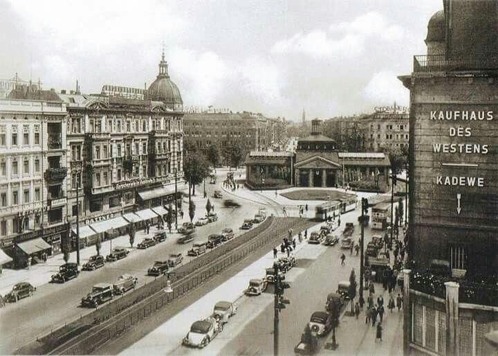 Tauentzien Und Wittenbergplatz 1935 Berlin Geschichte Berlin Historische Fotos