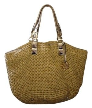 Michael Kors Beach Beige /gold Beach Bag. Save 68% on the Michael Kors Beach Beige /gold Beach Bag! This beach bag is a top 10 member favorite on Tradesy. See how much you can save