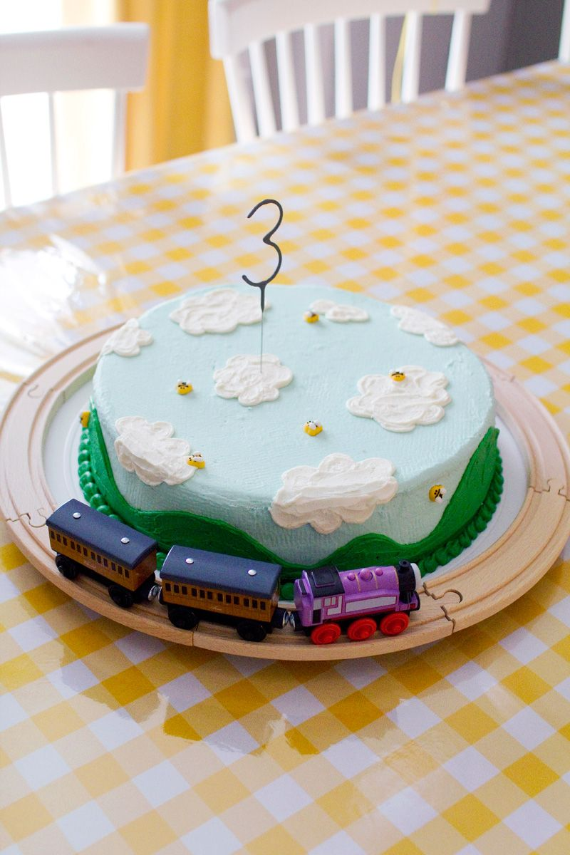 Rolling Green Hills And Blue Sky Birthday Cake Cakes Cupcakes