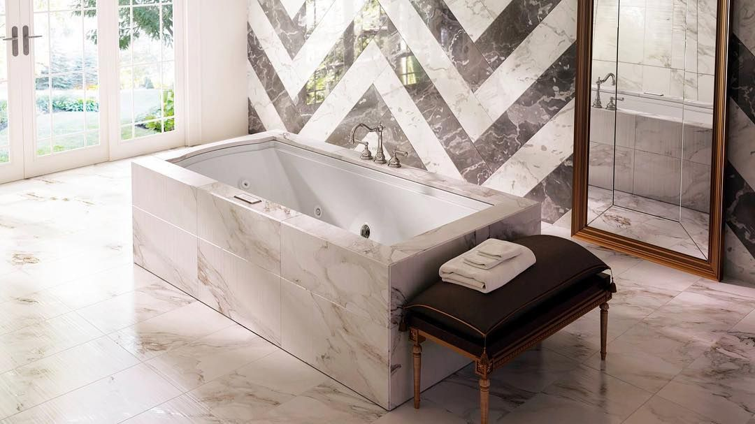 The Fuzion bath offers the optimal at-home spa experience with ...