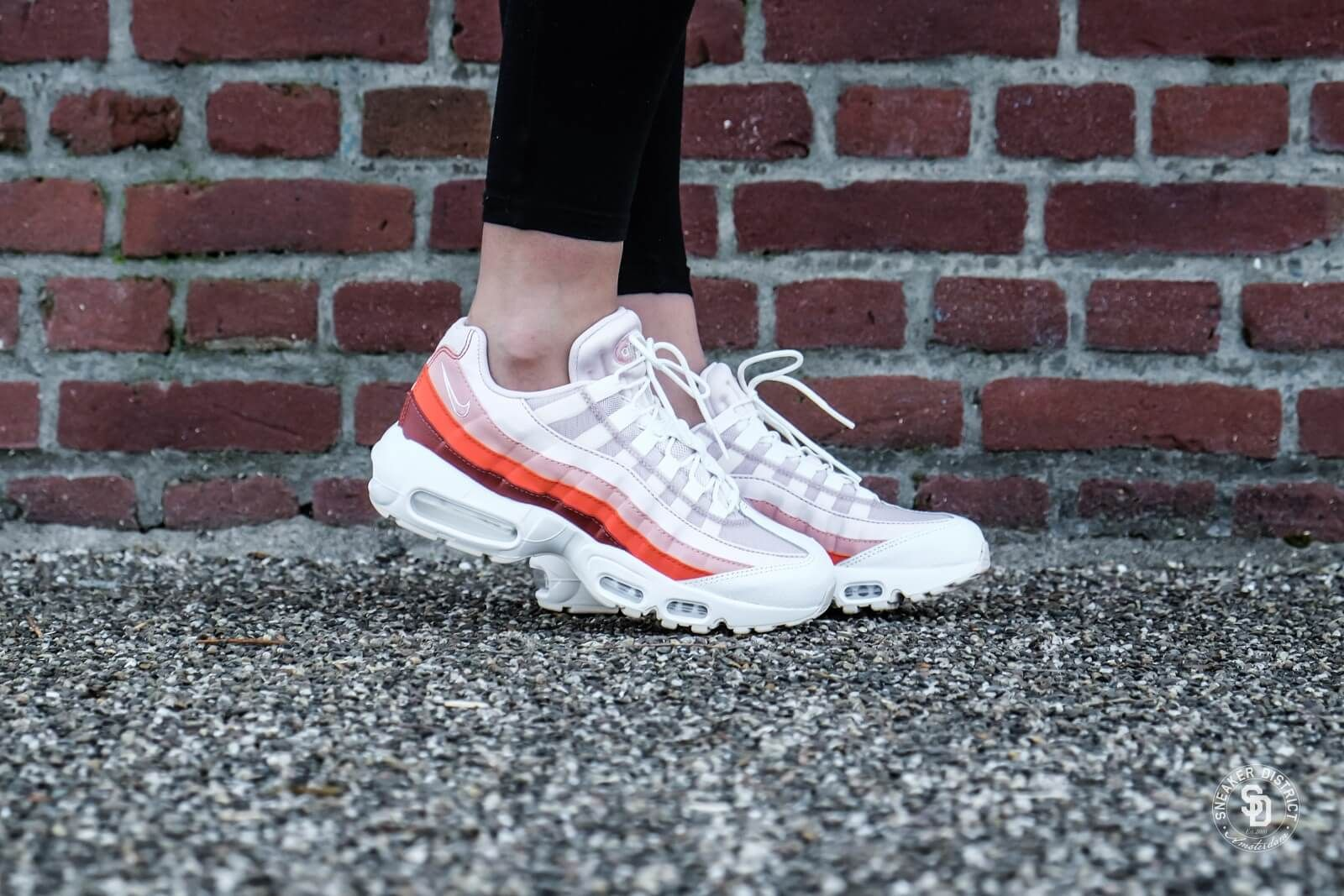 df9b717c8501 Nike Women's Air Max 95 Barely Rose/Coral Stardust - 307960-604 ...