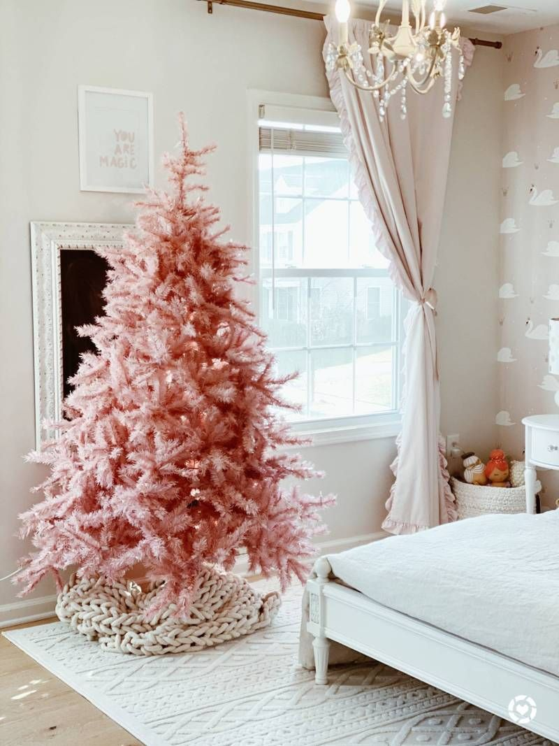 The Best Pink Christmas Trees for the Pink Lovers - The Pink Dream -   17 christmas tree decor 2020 pink ideas