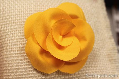 These Diy Dainty Fabric Flowers Are Fun For Accessorizing Happy