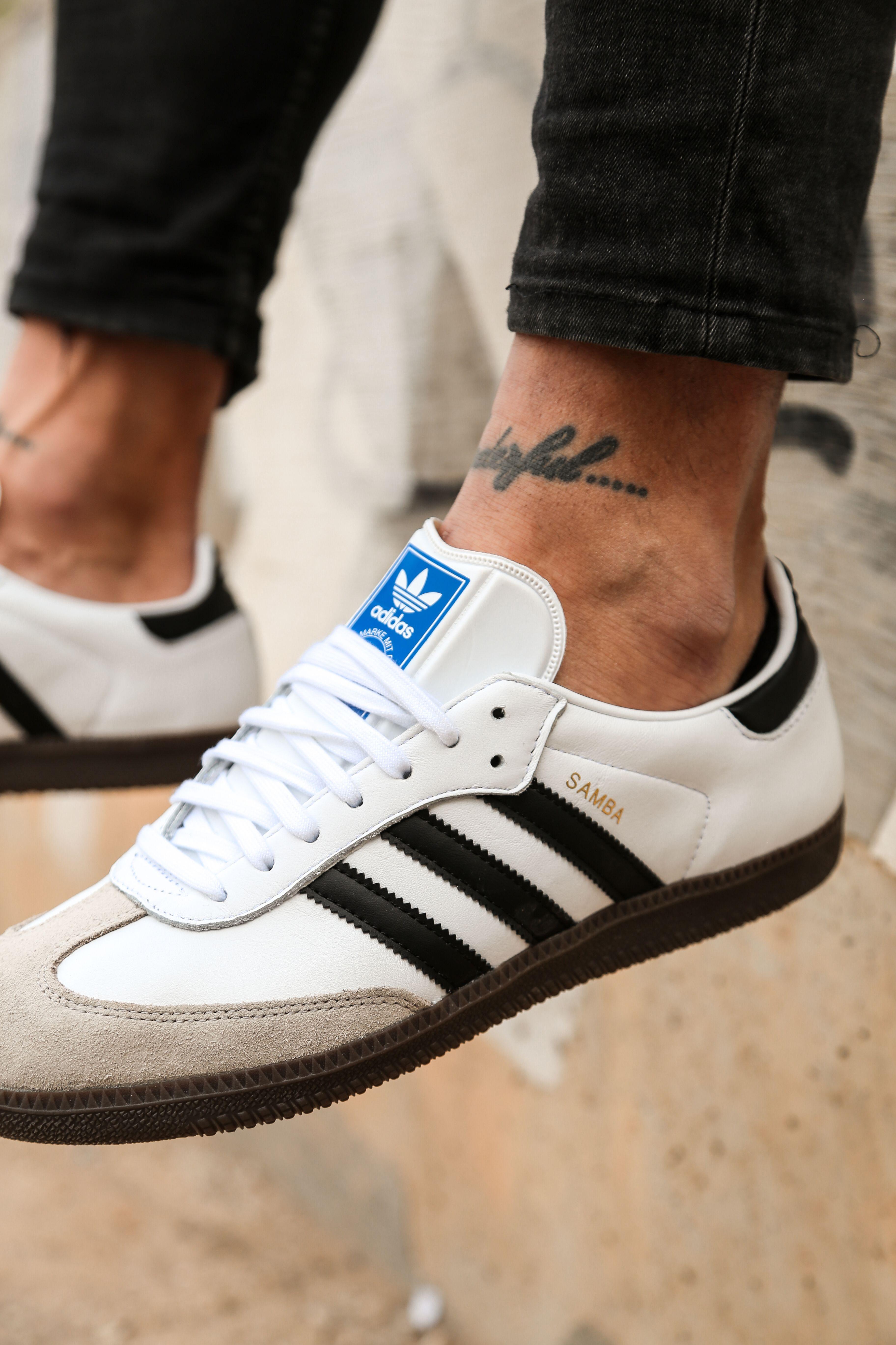 bicapa Factibilidad Cava  Las icónicas Adidas Samba regresan a sus orígenes con un estilo rompedor🔥.  Ya disponible… | Zapatos sport hombre, Zapatos hombre deportivos, Zapatillas  hombre moda