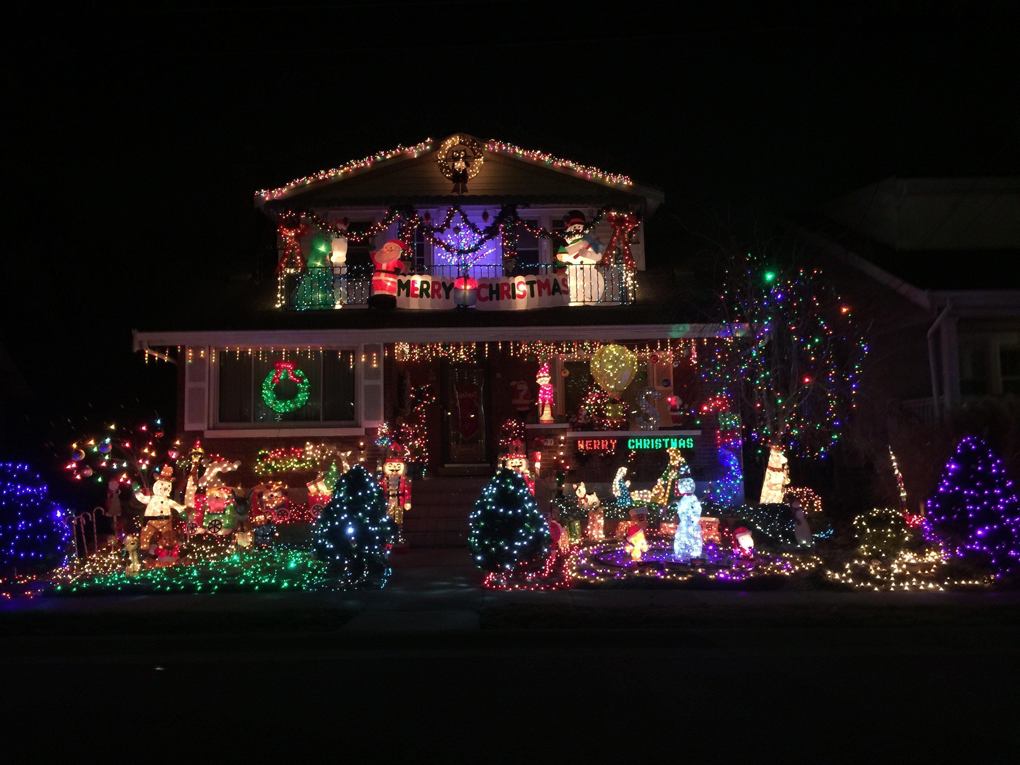 Fort Wright Christmas Lights Display Christmas Light Installation Christmas Lights Christmas Light Displays