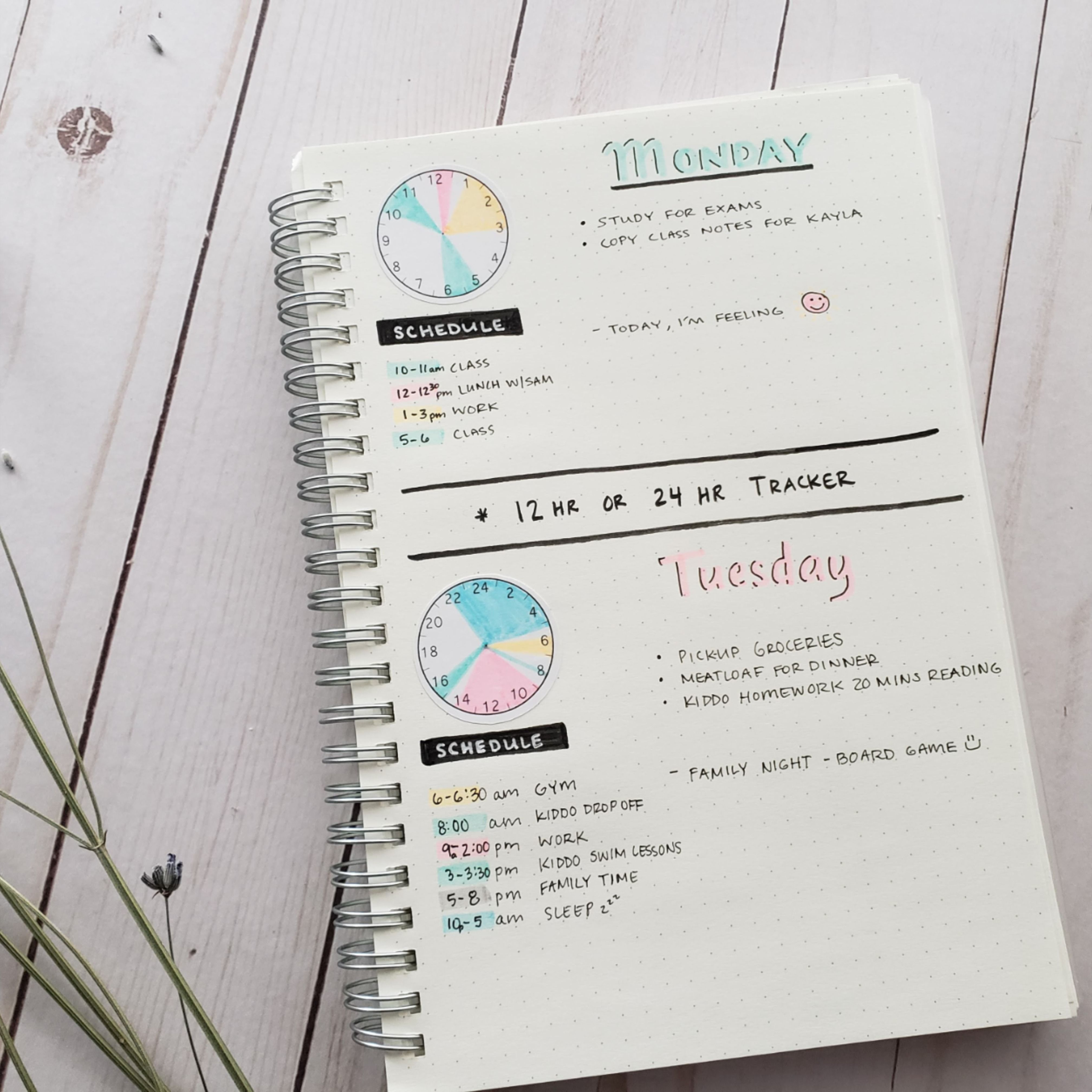Time Trackers Circles Keep Track Of Your Time Each Day On Etsy Bullet Journal Ideas Pages Time Tracker Journal