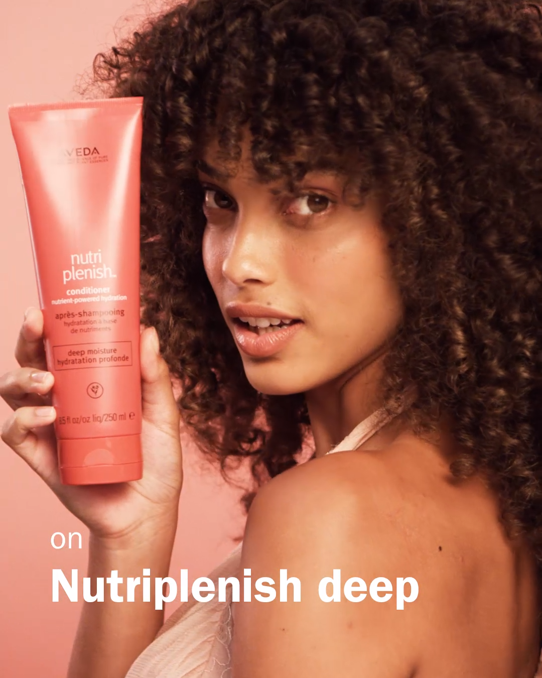 Intensely hydrating vegan products for curly and c