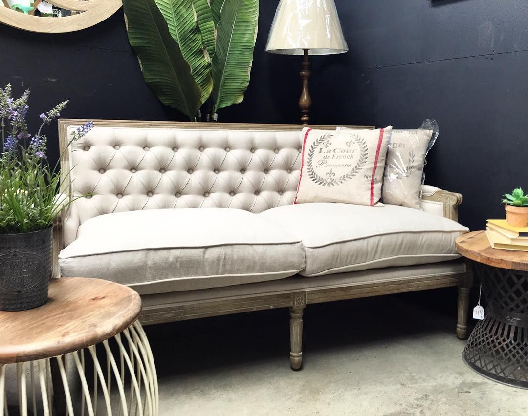 Sofa Love Canalside Interiorsu0027 Pearson Sofa With Tufted Detailing. A Great  Way To Introduce