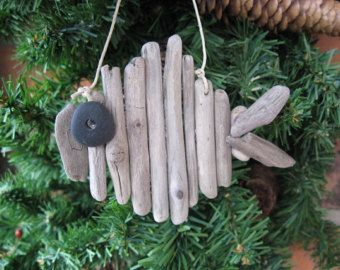 Driftwood FISH Beach ORNAMENT Beachy Holiday Beach Glass Decor