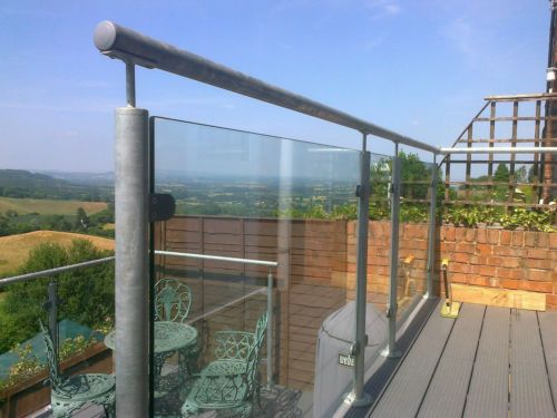 Best Galvanized Steel Glass Balustrade Balcony Bannister 400 x 300