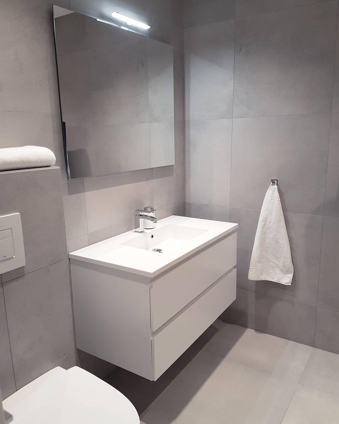 annen vinkel jentene sitt bad nede . . . #bathroom, Badezimmer ideen