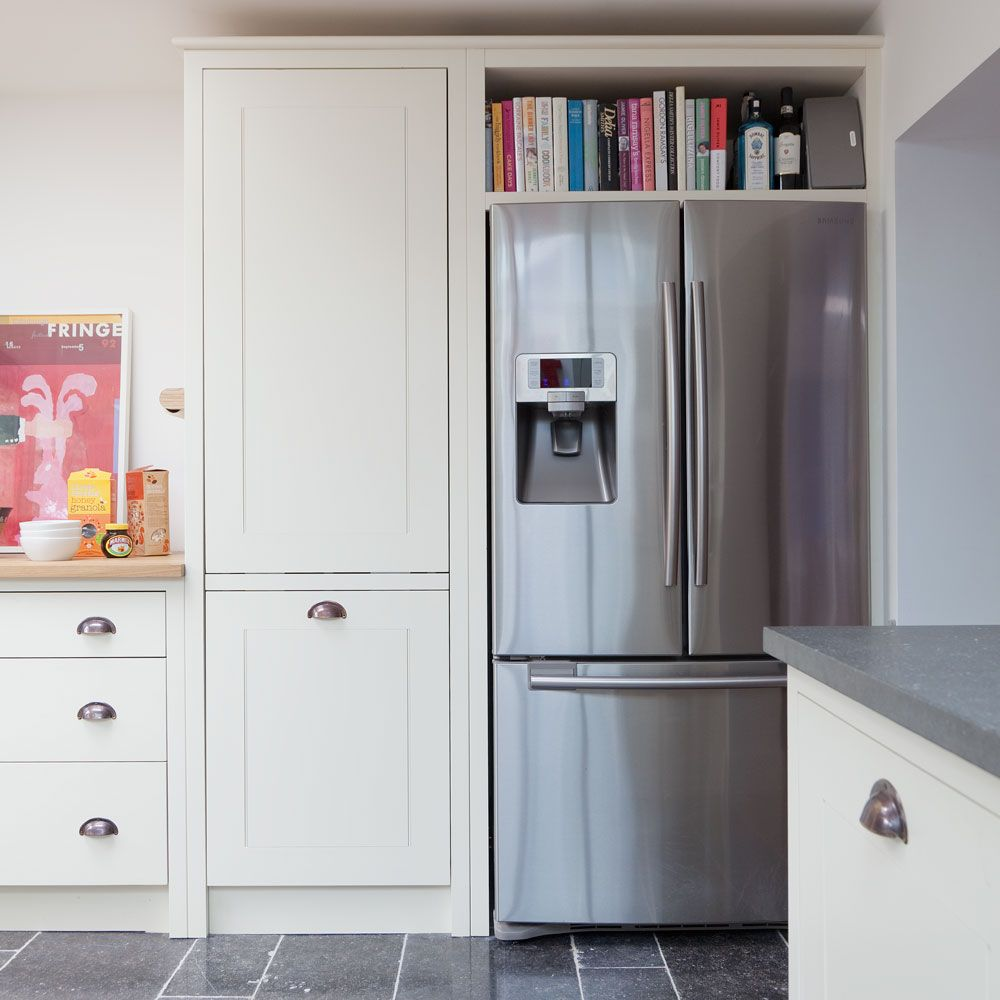 Classic kitchen with American-style fridge-freezer | homie ...