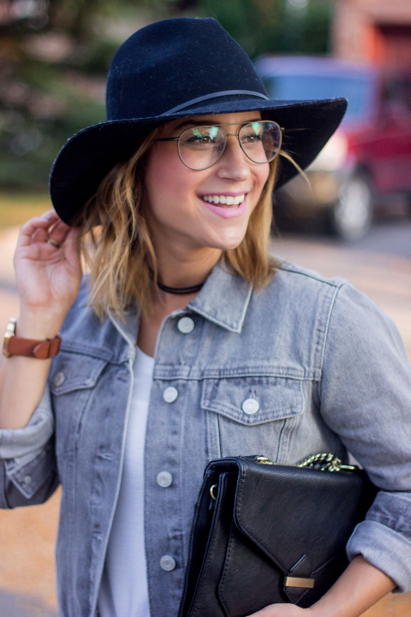 e211c28446b Canadian fashion blogger Jackie from Something About That is wearing the  Joseph Marc Observation Aviator frames from Clearly in size small and a grey  jean ...