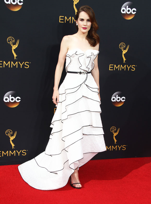 Michelle Dockery (Downtown Abbey) portait une robe Oscar de la Renta ...