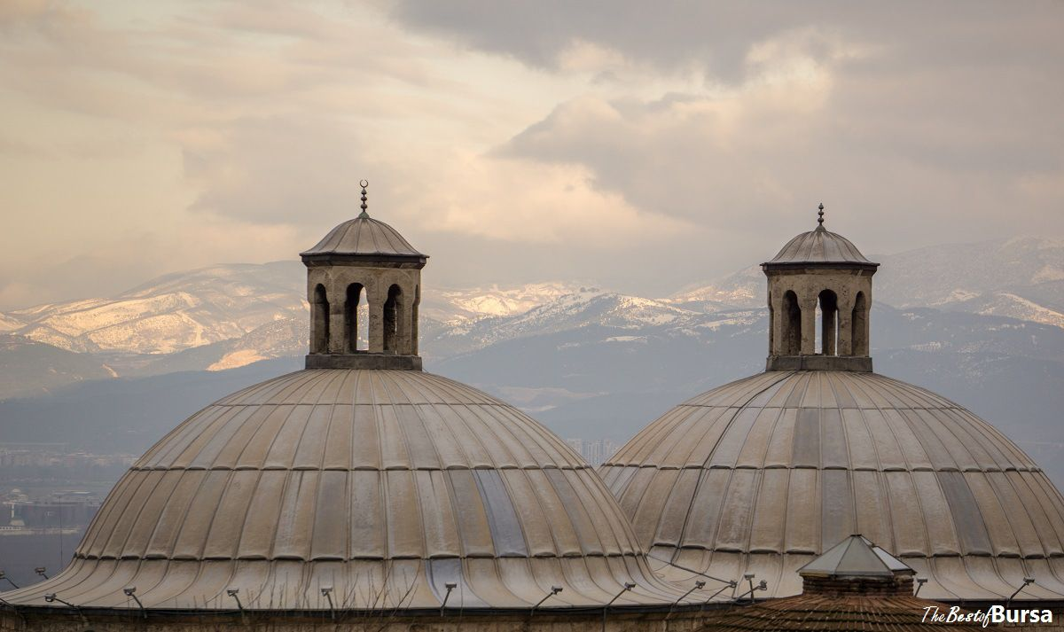 Domes of the Old Bathhouse - http://www.thebestofbursa.com/domes-old-bathhouse/ Friday's Fotoğrafı for January 9:  The twin domes of Eski Kaplıca Hamamı (Old Hot Spring Bathhouse) rise above the valley in Bursa's Çekirge neighborhood.  Çekirge is famous for its therapeutic ho ...