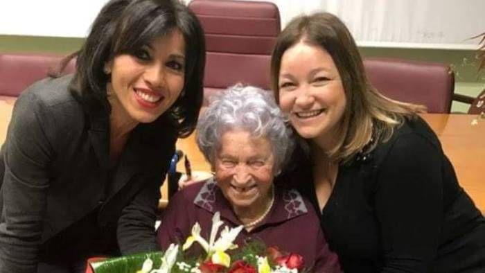 Venticano (Av) – Targa commemorativa per i 100 anni di Zia Carmela