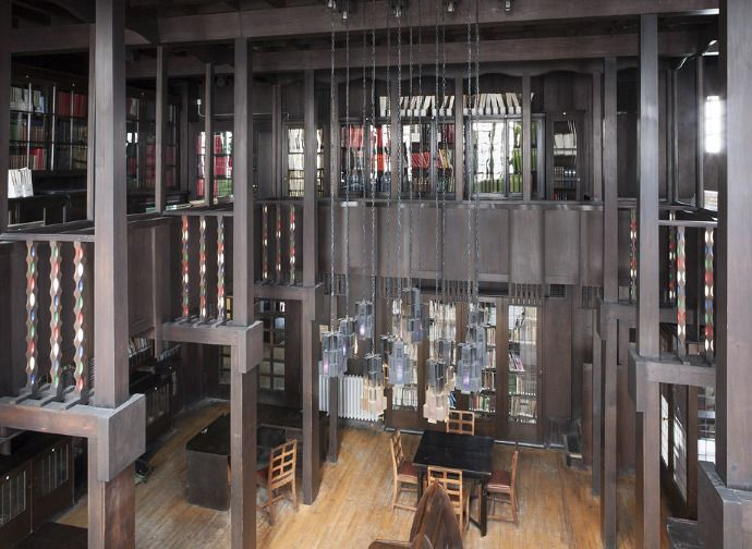 Library Love The Baulsters Could Make An Interesting Pattern Charles Rennie Mackintosh Rennie Mackintosh Mackintosh Architecture