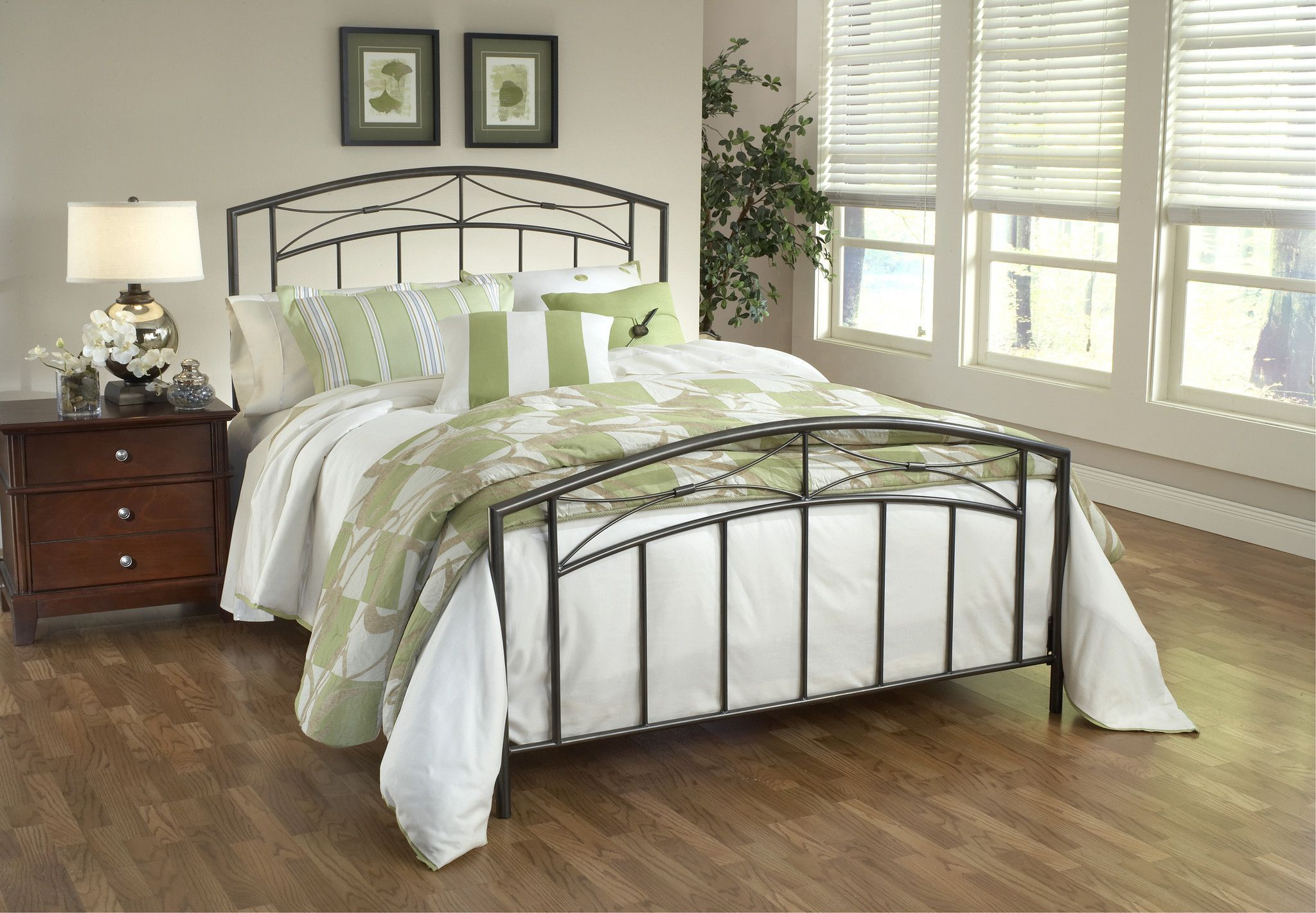 buy Hillsdale Morris Bed Set - Queen - w/Rails at Harvey & Haley for ...