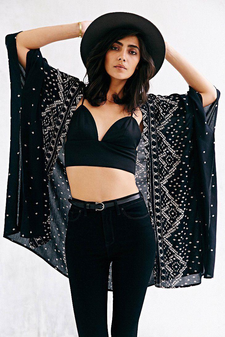13769d4d6e338 Urban Outfitters  Ecote Crinkle Square Kimono Jacket (Black)