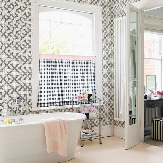 Chic Monochrome Bathroom Cafe Curtains Let In Plenty Of Light While Providing Privacy This Parisian Style Decorating Idea