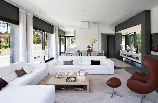 Contemporary Home Design by Lagula Arquitectes\