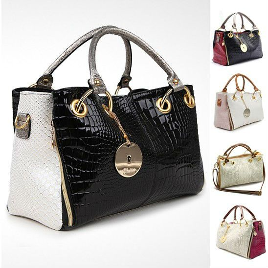 The Traders Can Collect Whole Brand Name Purses In Low Price Branded