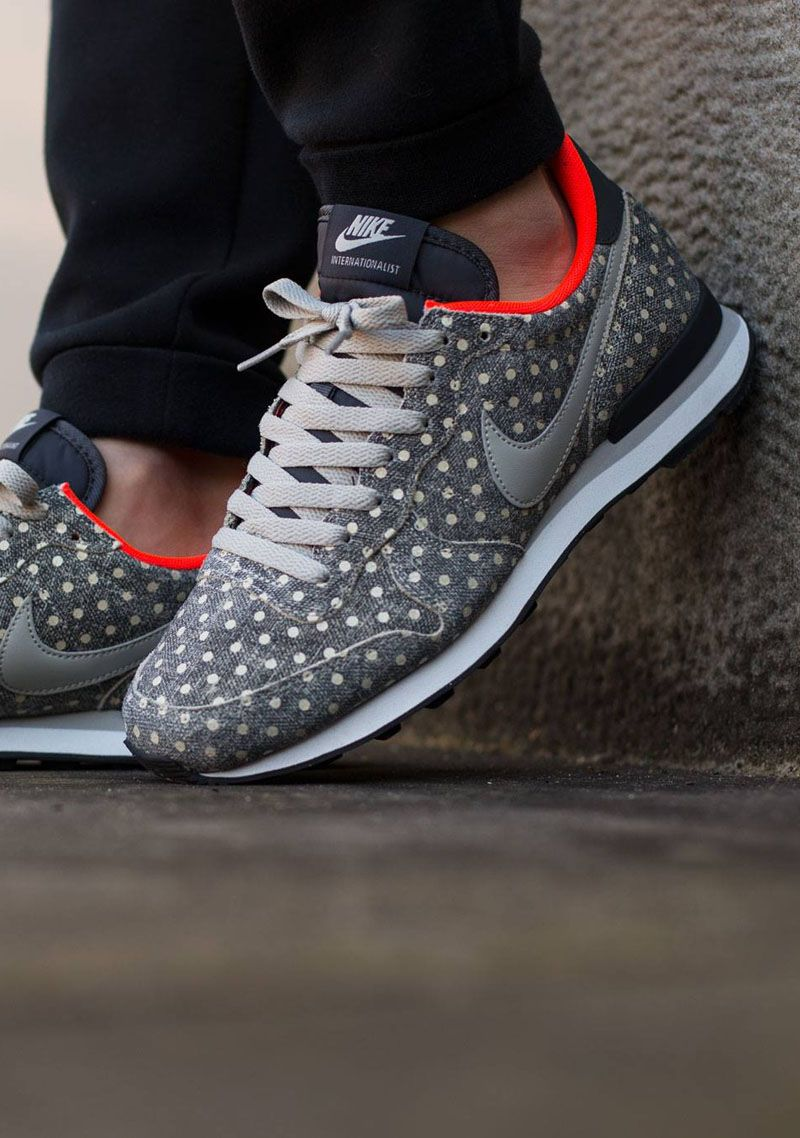 NIKE Internationalist Leather Polka Dot mens shoes of sports
