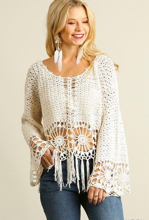 Knit Crochet Top with Fringe Hemline                                                                                                                                                     Mais