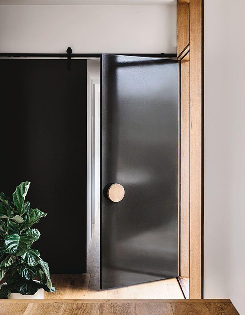 Front Door Design Idea Use An Oversized Circular Door Handle For A Unique Look Front Door Handles Door Handle Design Wood Doors Interior