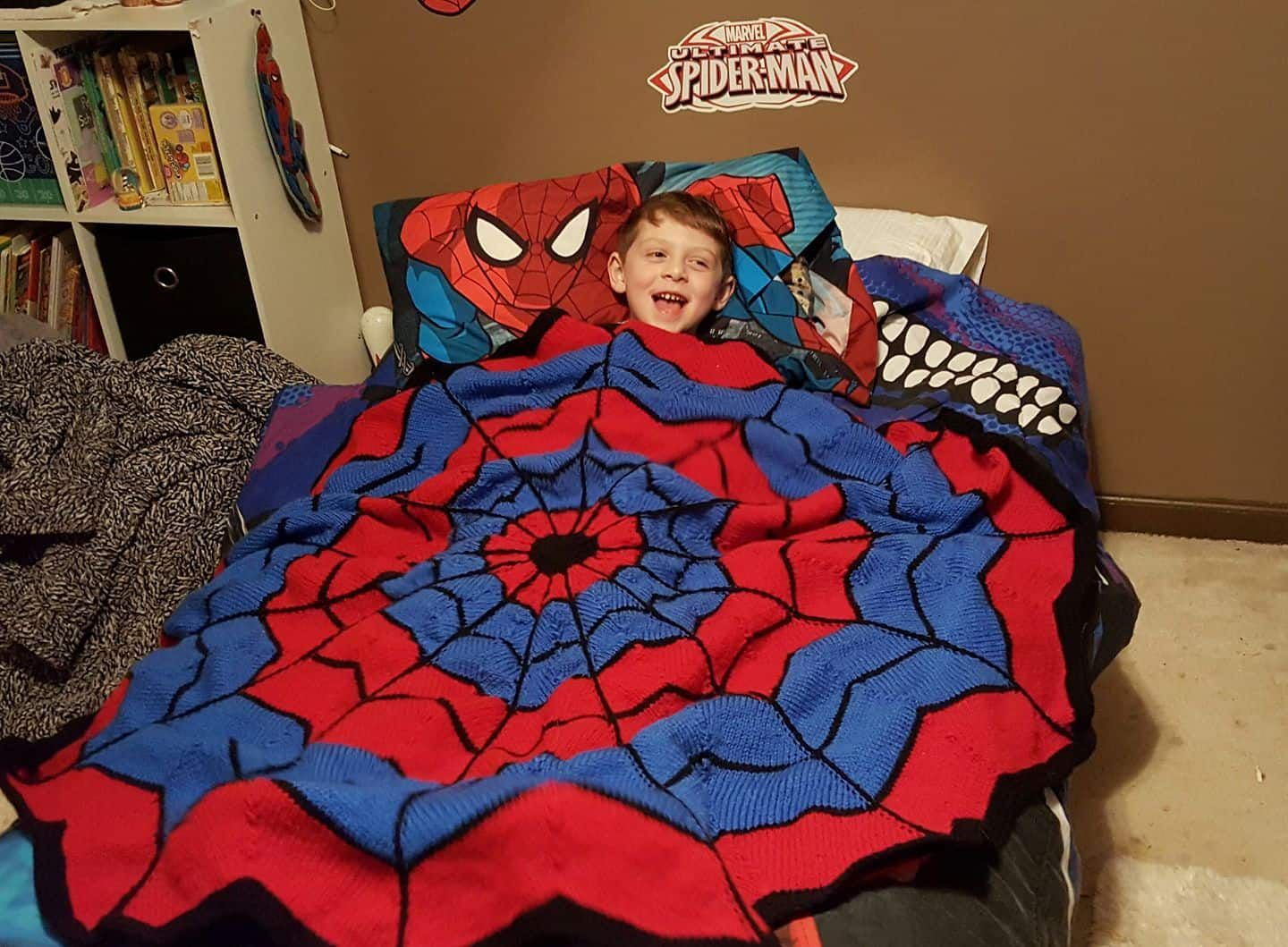 Spiderman Knitted Blanket Free Pattern | The WHOot This ...