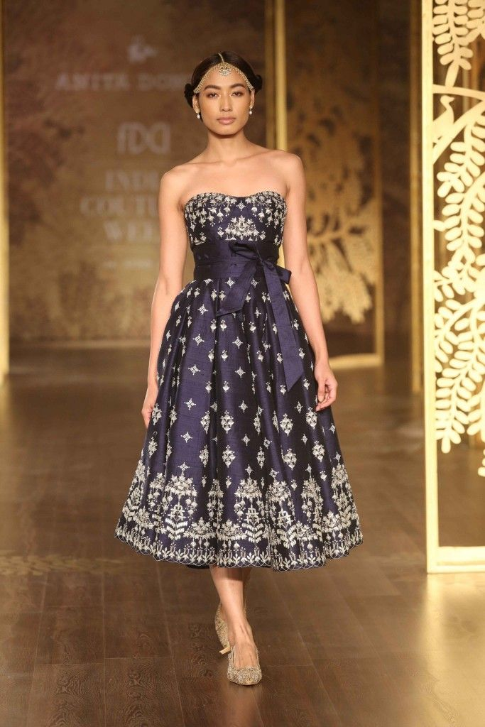 Anita Dongre with her mazing \'Tree of Love\' Collection at India ...