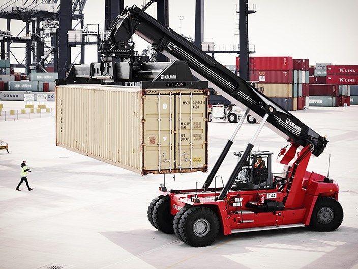 Array - kalmar reach stacker   freight transport heavy machinery      rh   pinterest com