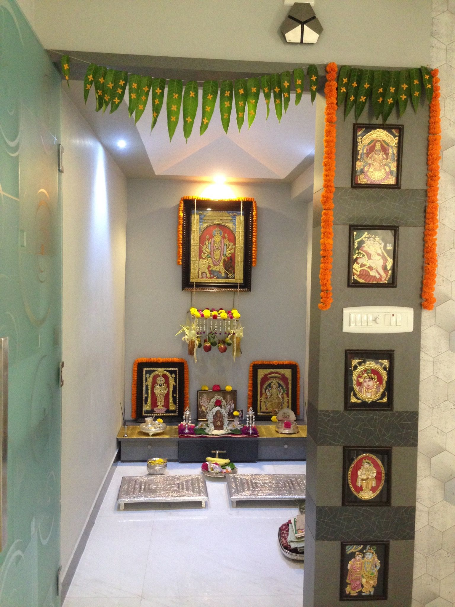 9 Traditional Pooja Room Door Designs In 2020: Pin By Jyoti Valiveti On Traditional Indian Home