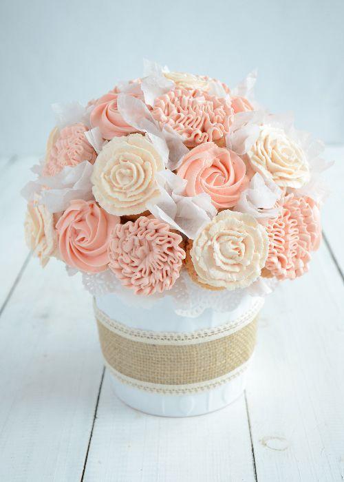 Cupcake bouquet DIY + video tutorial | Cake Decorating | Pinterest ...