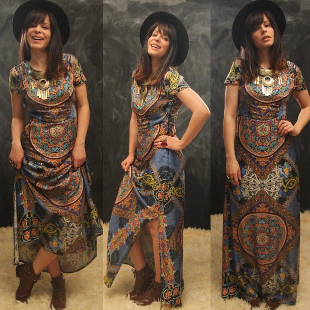"""""""@marcelataisoficial com nosso vestido! É uma princesa ou não é?  coleção Toscana Mia ❤️ WhatsApp de vendas 011986302026"""""""