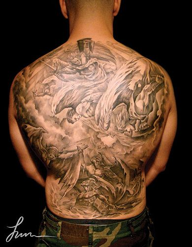 eed252327 full back tattoo of angels and devils fighting | Body Art | Full back  tattoos, Devil tattoo, Fighting tattoo