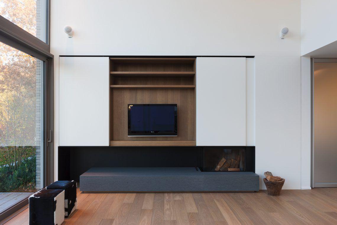 Nobel flooring zuiver eiken in minimalistische woning hoog