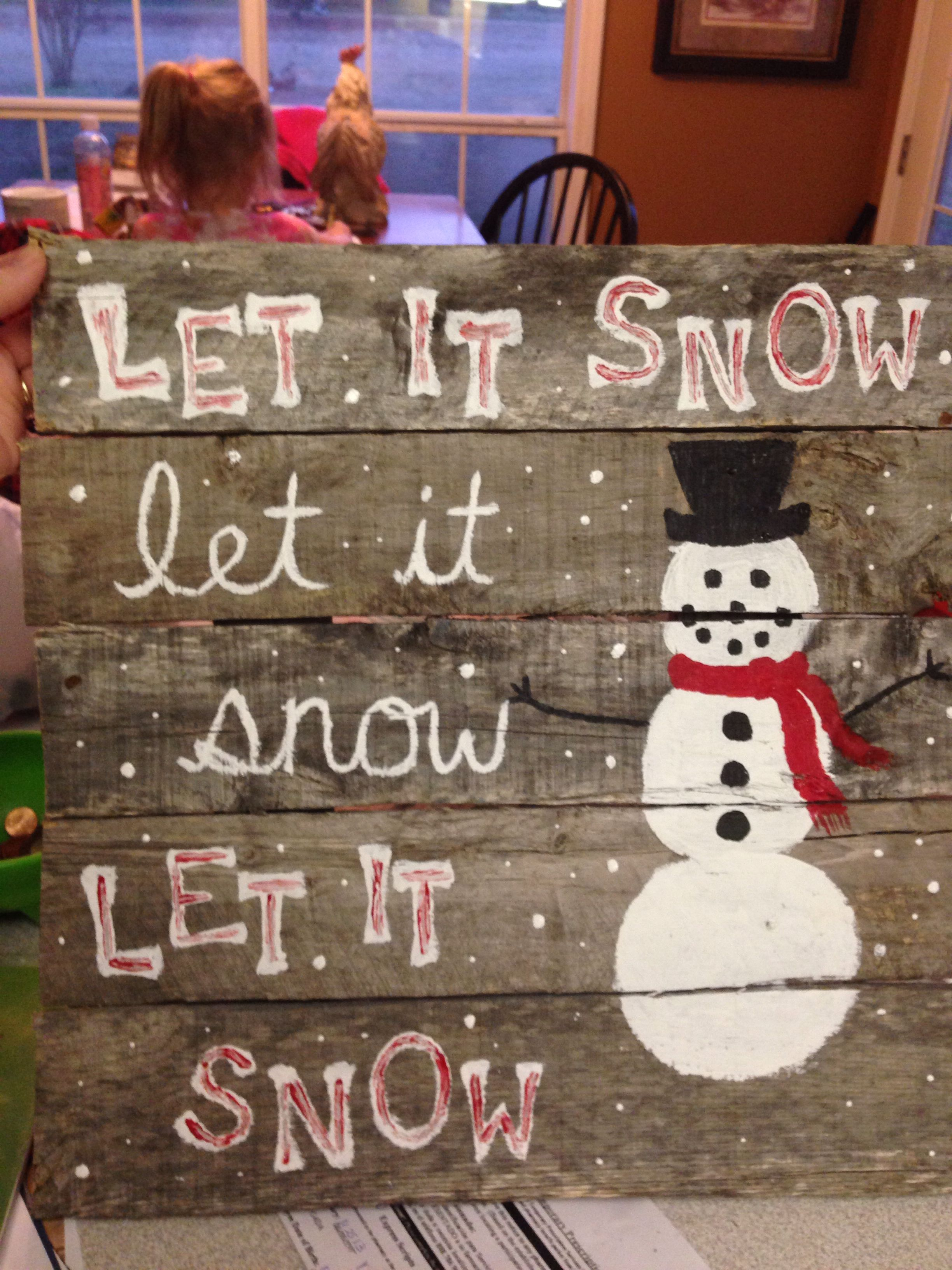 My snowman pallet sign | Pallet christmas, Xmas crafts ...