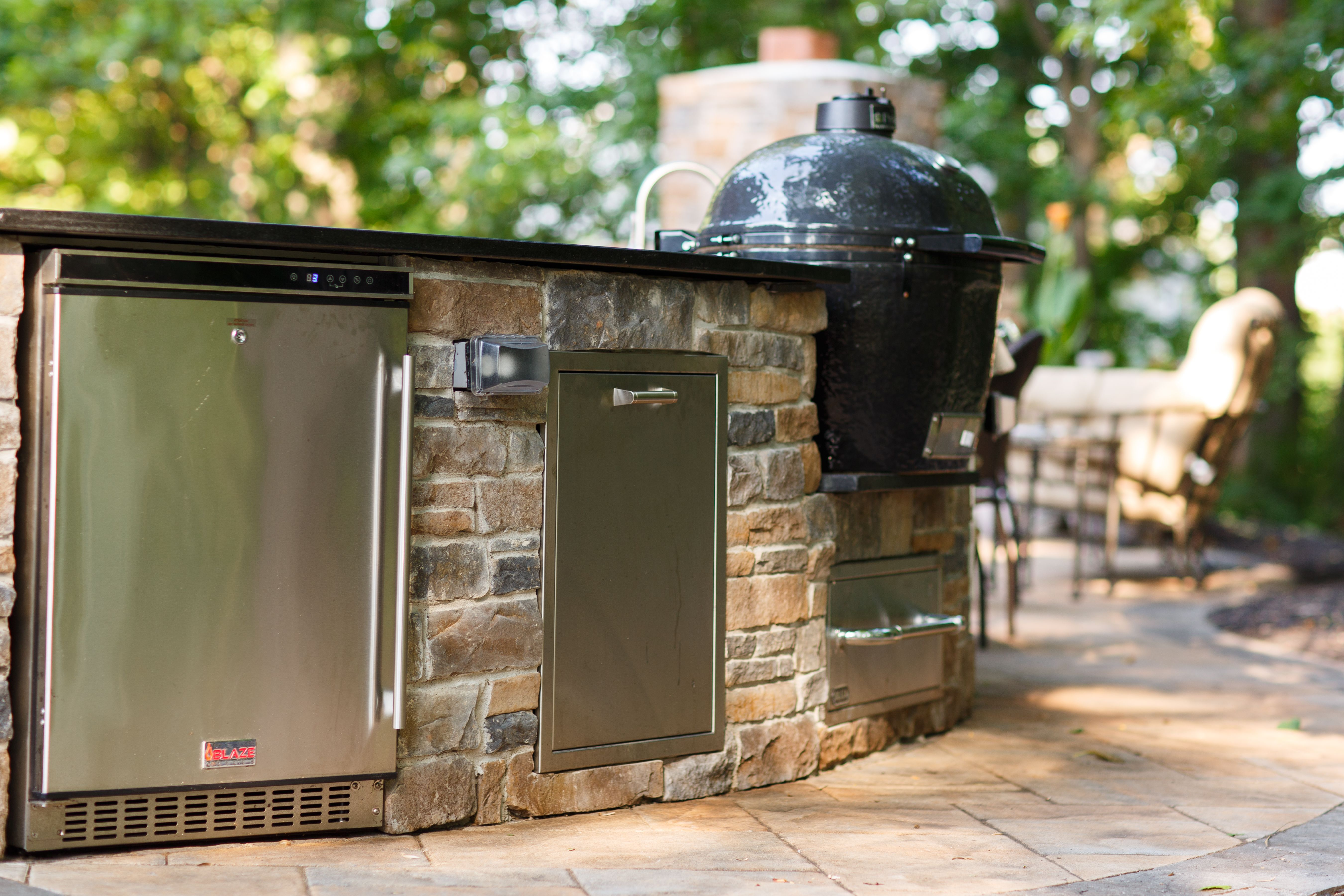 Outdoor Kitchen Bowie Md Constructed Using Galvanized Steel Frame And Hardiebacker Board Ephenry Veneer Outdoor Refrigerator Outdoor Kitchen Stone Veneer
