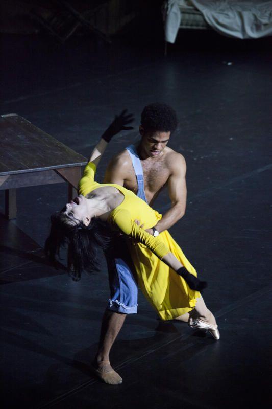 Yonah Acosta e Alessandra Ferri in Le jeune homme et la mort - 3 marzo 2015 - Stagione 2014-15 Foto © Pietro Paolini / Terraproject / contrasto