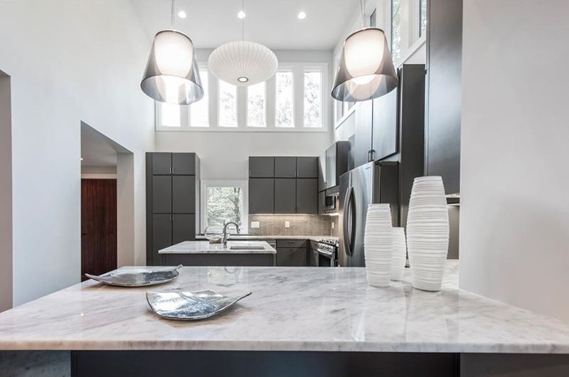 Nobody Bites Buckhead's 700K Renovated Modern Home Address: 3518 Rockhaven Cir NE, Atlanta, GA, 30324 Neighborhood: Pine Hills in Buckhead 4 Beds | 3.5 Baths | 3,000 sqft | Built in 1953  It was listed on 06/05/2015 for $899,900. After 9 months and 4 price reductions, it's still sitting on the market. We think it's super cute, but maybe the exterior is too 70s.
