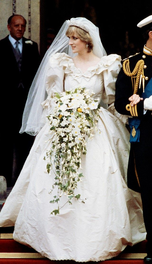 Princess Diana's wedding dress is simply stunning.